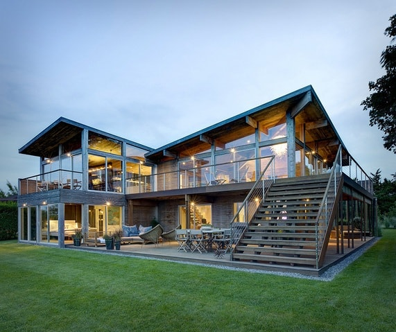 dom s panoramnymi oknami