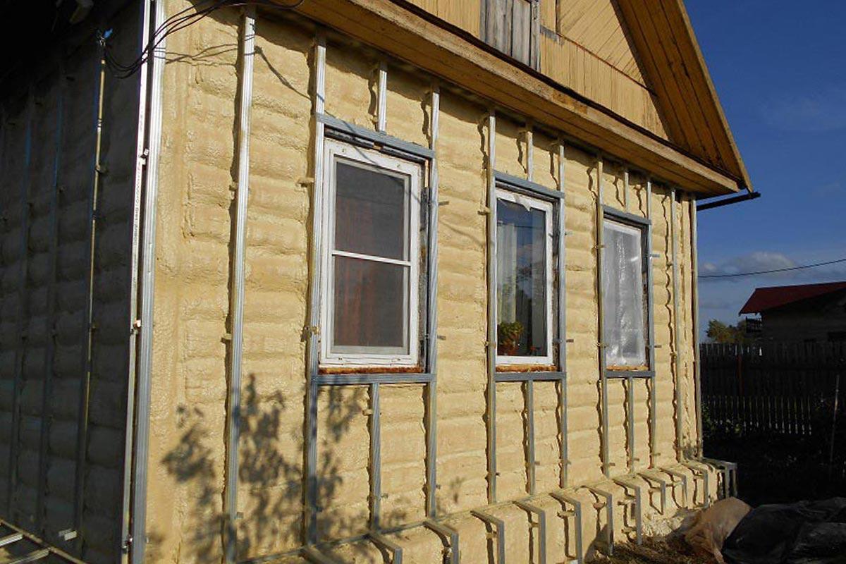 Утепление деревяного дома снаружи